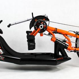 Oracing-NAT-R_Liegebike_Liegerad_Rennrad_Tetraversion_schwarz_orange_Kinnschaltung